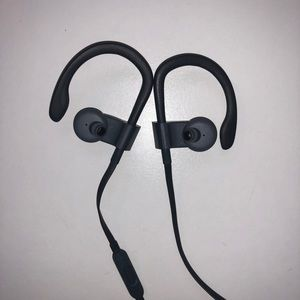 Other - Powerbeats 3